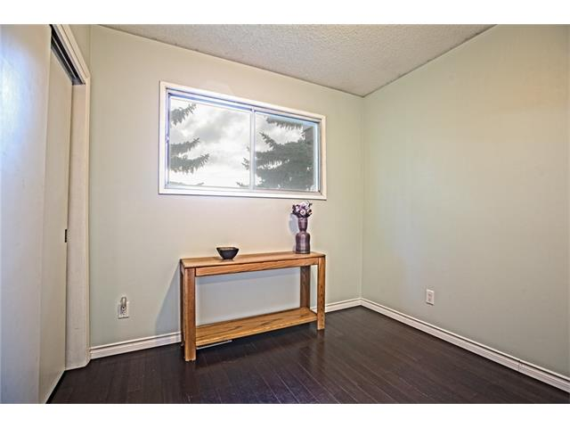 Photo 28: 20 SACKVILLE Drive SW in Calgary: Southwood House for sale : MLS® # C4040691