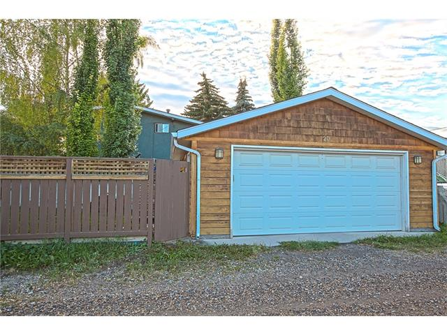 Photo 37: 20 SACKVILLE Drive SW in Calgary: Southwood House for sale : MLS® # C4040691