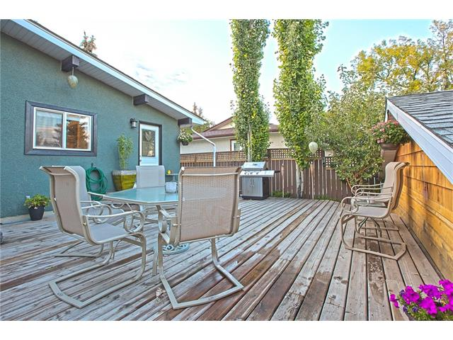 Photo 33: 20 SACKVILLE Drive SW in Calgary: Southwood House for sale : MLS® # C4040691