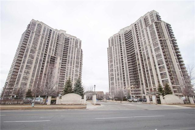 Main Photo: 323 700 Humberwood Boulevard in Toronto: West Humber-Clairville Condo for sale (Toronto W10)  : MLS(r) # W3443959