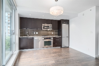 "Main Photo: 301 918 COOPERAGE Way in Vancouver: Yaletown Condo for sale in ""MARINER"" (Vancouver West)  : MLS(r) # R2080489"