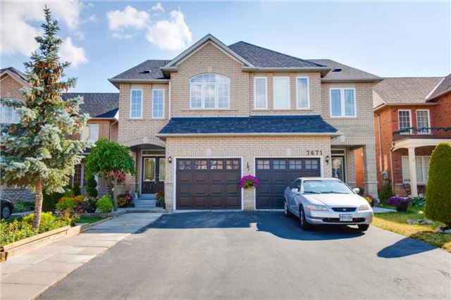 Main Photo: 7673 Black Walnut Trail in Mississauga: Lisgar House (2-Storey) for sale : MLS(r) # W3545296