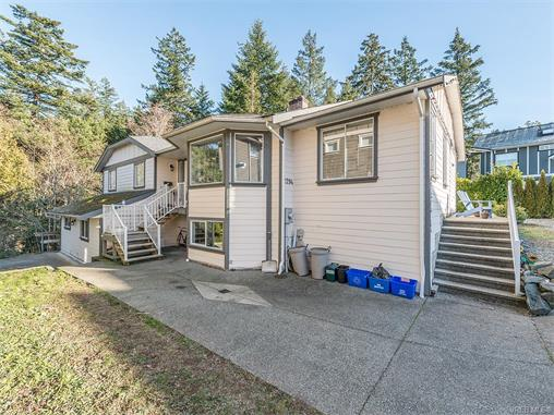 Main Photo: 2294 Nicki Place in VICTORIA: La Thetis Heights Single Family Detached for sale (Langford)  : MLS® # 373043