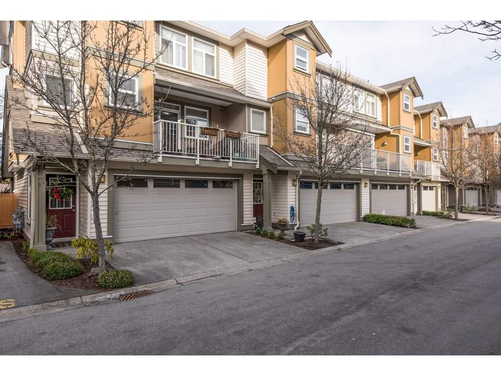 "Main Photo: 24 5623 TESKEY Way in Chilliwack: Promontory Townhouse for sale in ""WISTERIA HEIGHTS"" (Sardis)  : MLS® # R2134630"