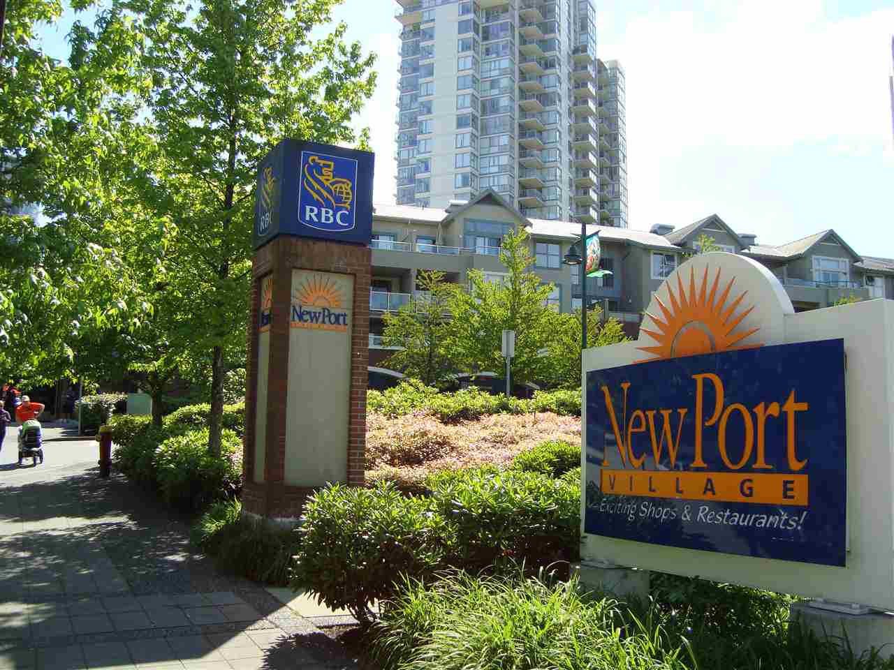 "Main Photo: 305 225 NEWPORT Drive in Port Moody: North Shore Pt Moody Condo for sale in ""CALEDONIA"" : MLS® # R2136644"