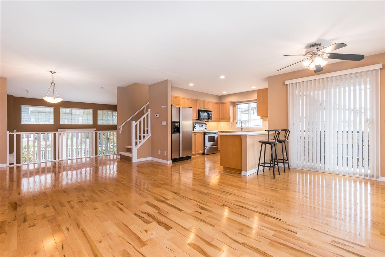 "Photo 8: 37 23343 KANAKA Way in Maple Ridge: Cottonwood MR Townhouse for sale in ""COTTONWOOD GROVE"" : MLS(r) # R2150181"