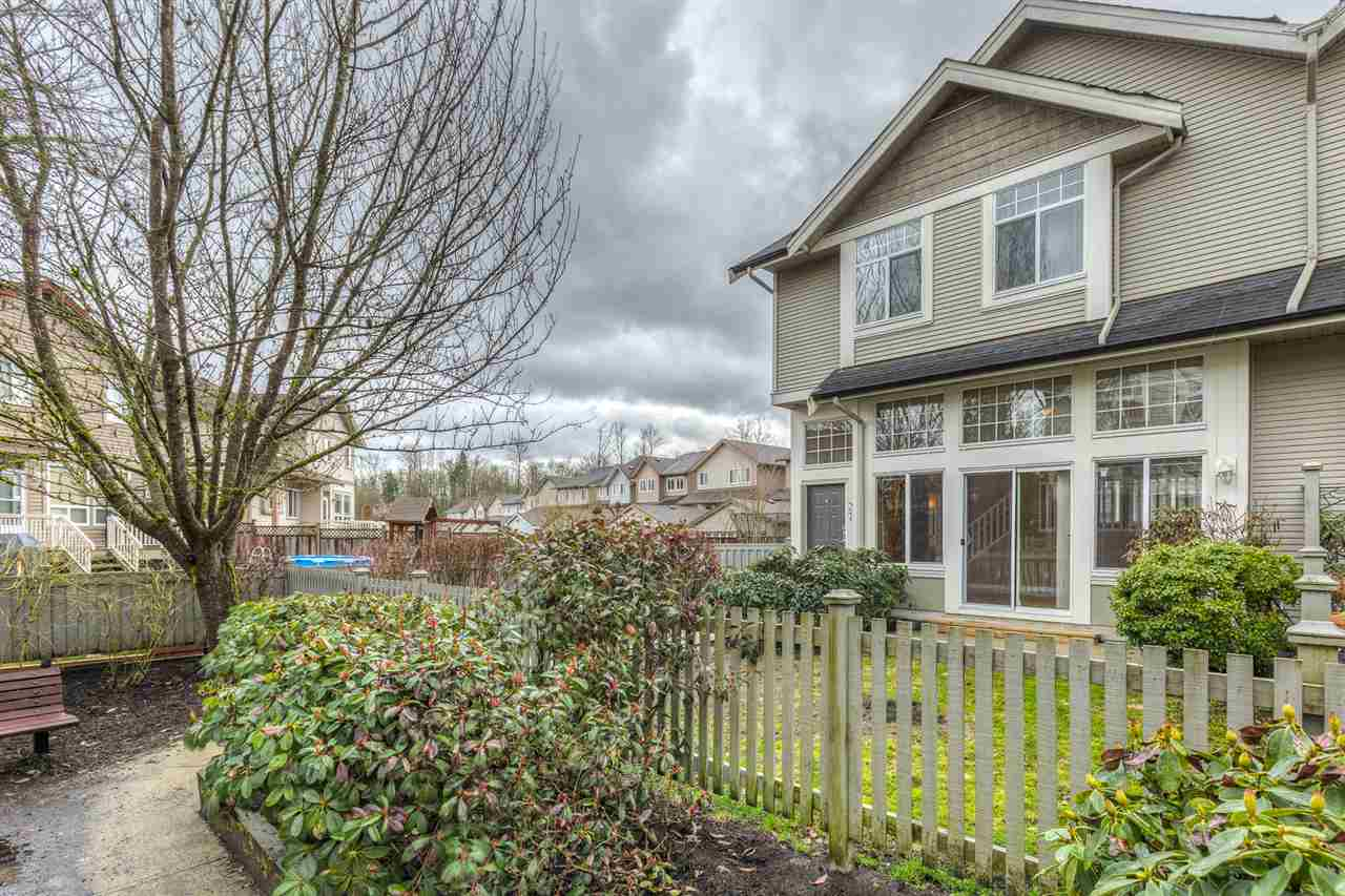 "Photo 19: 37 23343 KANAKA Way in Maple Ridge: Cottonwood MR Townhouse for sale in ""COTTONWOOD GROVE"" : MLS(r) # R2150181"