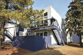 Main Photo: 10543 84 Street in Edmonton: Zone 19 Carriage for sale : MLS(r) # E4056859