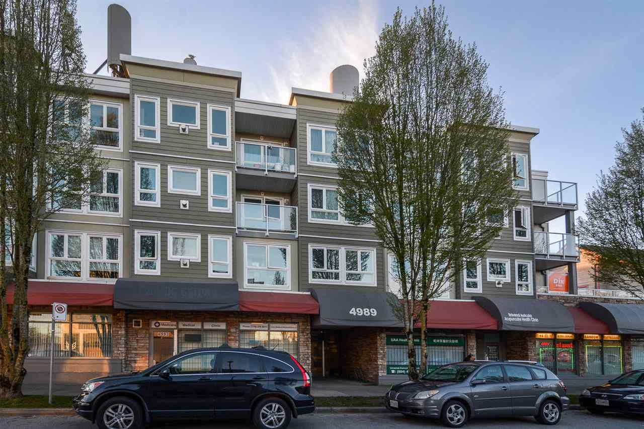 "Main Photo: 209 4989 DUCHESS Street in Vancouver: Collingwood VE Condo for sale in ""ROYAL TERRACE"" (Vancouver East)  : MLS(r) # R2158761"
