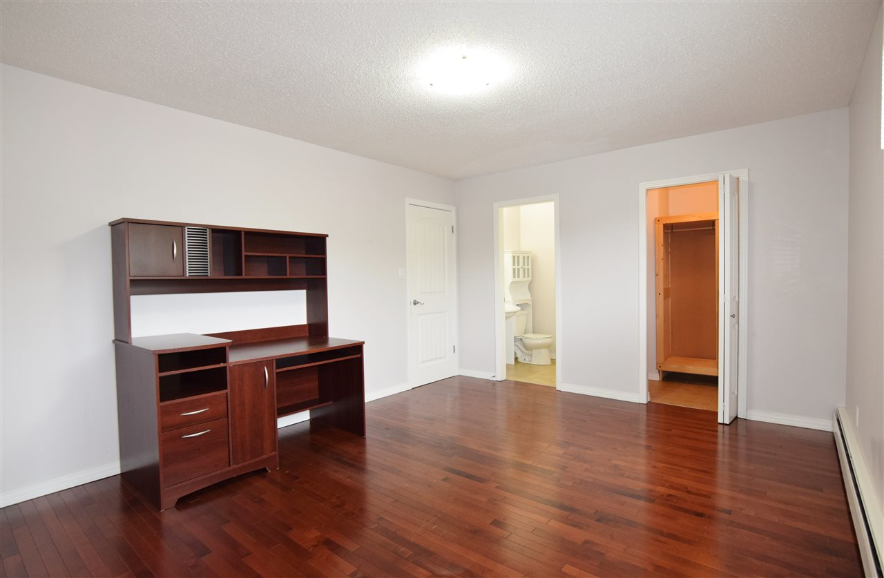 Photo 18: 304 10720 84 Avenue Edmonton 3 Bed 1.5 Bath Condo For Sale E4062864