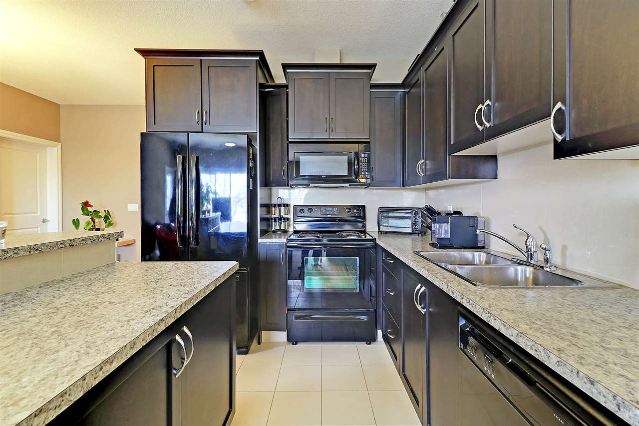 Main Photo: 302 6720 112 Street NW in Edmonton: Zone 15 Condo for sale : MLS(r) # E4062937