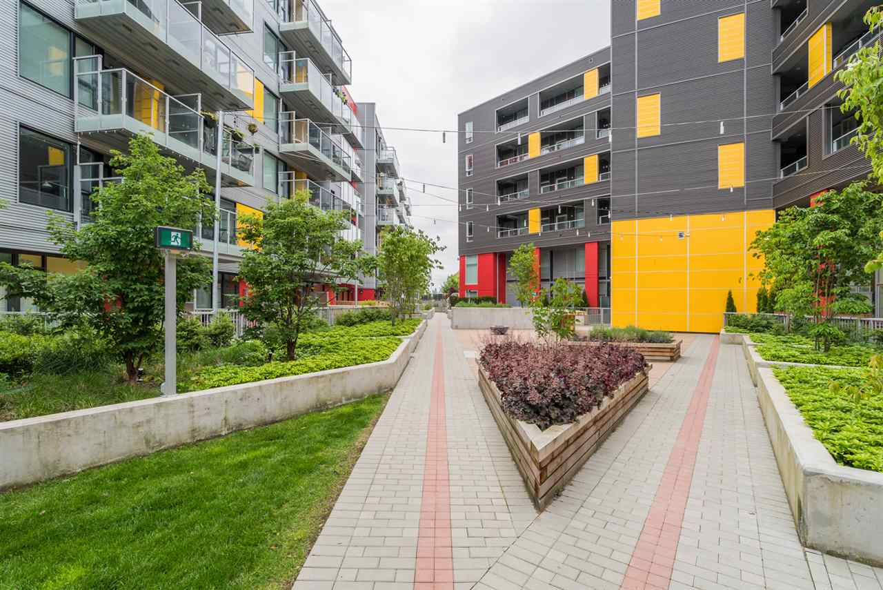 "Photo 19: 313 417 GREAT NORTHERN WAY in Vancouver: Mount Pleasant VE Condo for sale in ""CANVAS"" (Vancouver East)  : MLS(r) # R2179002"