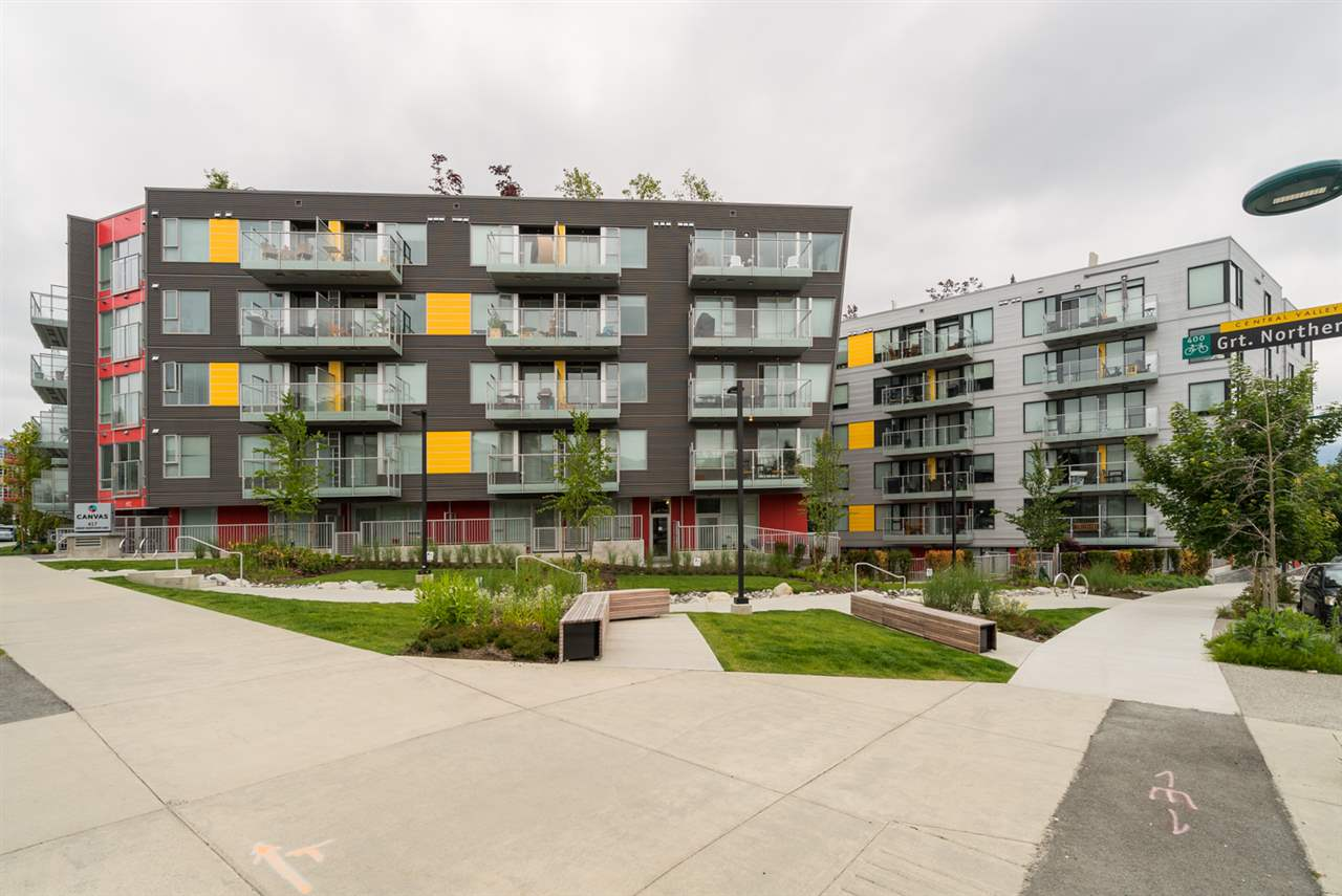 "Photo 2: 313 417 GREAT NORTHERN WAY in Vancouver: Mount Pleasant VE Condo for sale in ""CANVAS"" (Vancouver East)  : MLS(r) # R2179002"