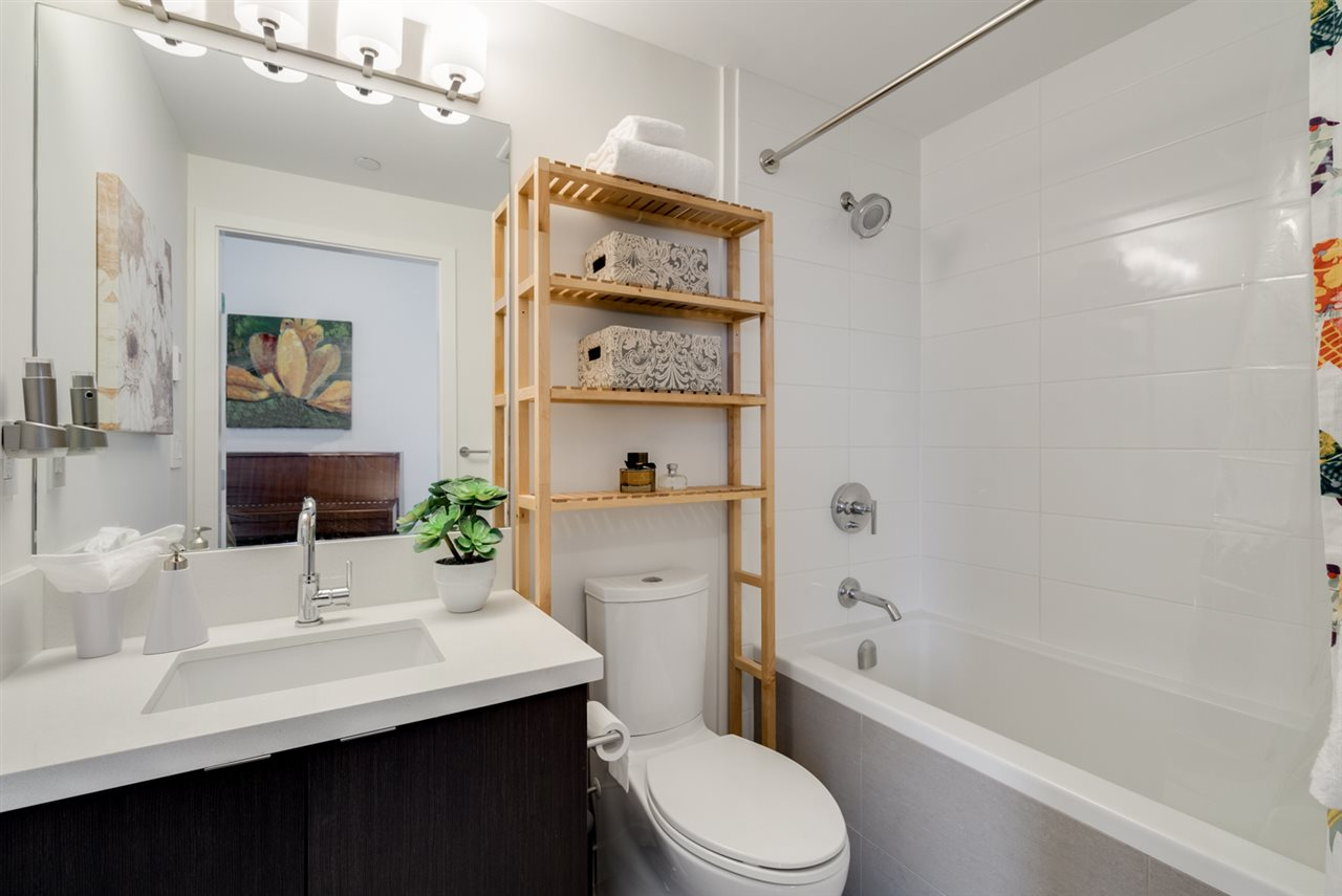 "Photo 14: 313 417 GREAT NORTHERN WAY in Vancouver: Mount Pleasant VE Condo for sale in ""CANVAS"" (Vancouver East)  : MLS(r) # R2179002"