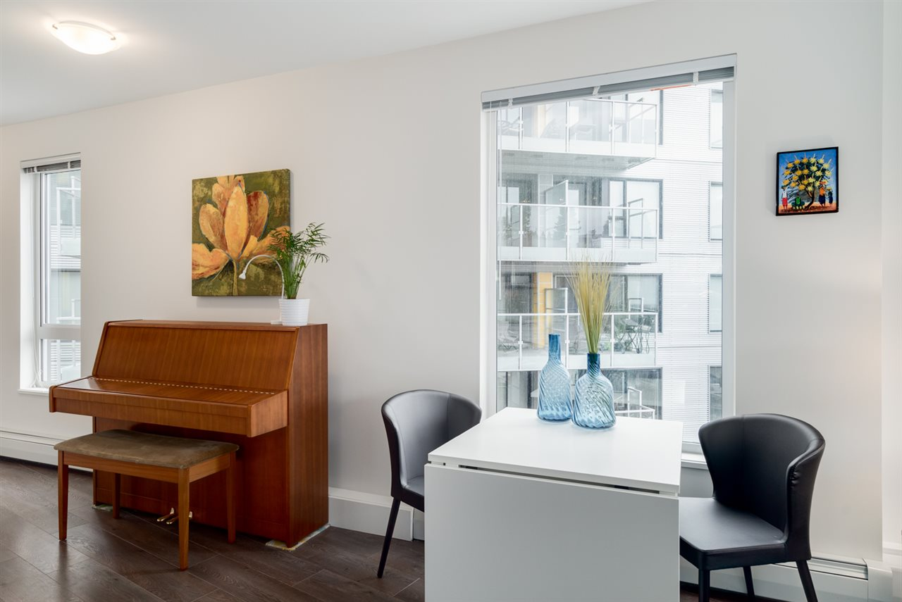 "Photo 7: 313 417 GREAT NORTHERN WAY in Vancouver: Mount Pleasant VE Condo for sale in ""CANVAS"" (Vancouver East)  : MLS(r) # R2179002"
