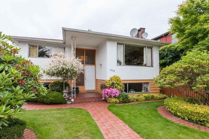 Main Photo: 4505 HARRIET Street in Vancouver: Fraser VE House for sale (Vancouver East)  : MLS(r) # R2179749