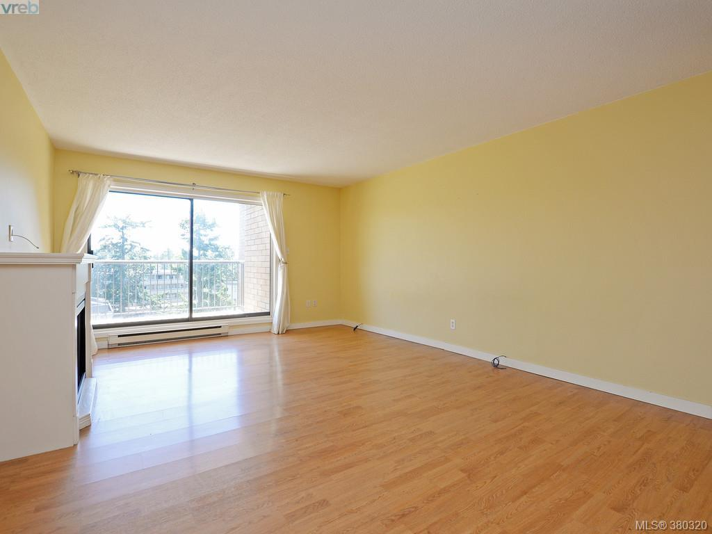 Photo 2: 503 4030 Quadra Street in VICTORIA: SE High Quadra Condo Apartment for sale (Saanich East)  : MLS(r) # 380320