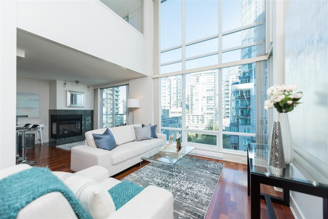 "Photo 6: 807 590 NICOLA Street in Vancouver: Coal Harbour Condo for sale in ""Cascina"" (Vancouver West)  : MLS® # R2204116"