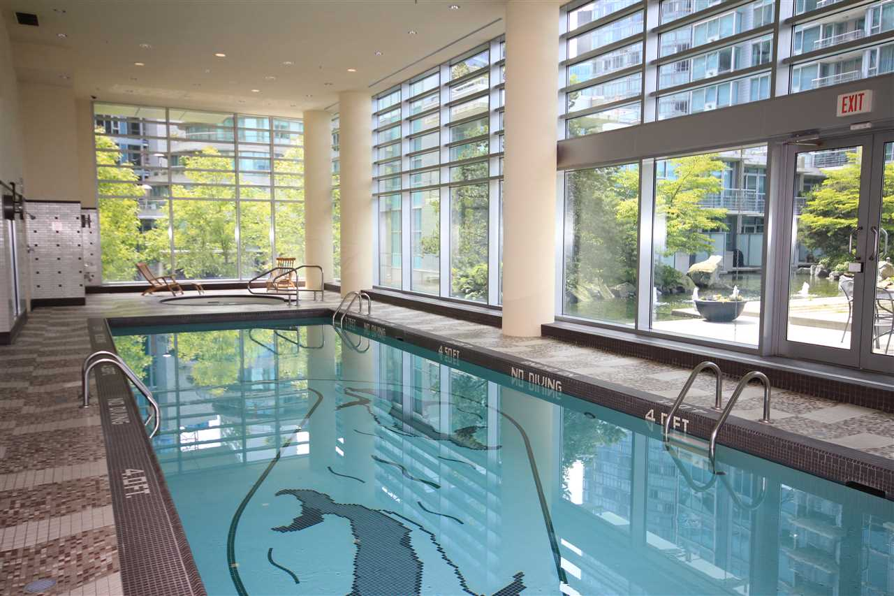 "Photo 16: 807 590 NICOLA Street in Vancouver: Coal Harbour Condo for sale in ""Cascina"" (Vancouver West)  : MLS® # R2204116"