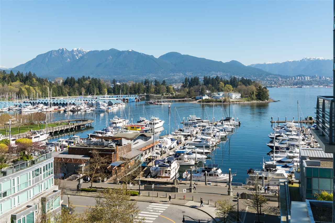 "Photo 5: 807 590 NICOLA Street in Vancouver: Coal Harbour Condo for sale in ""Cascina"" (Vancouver West)  : MLS® # R2204116"