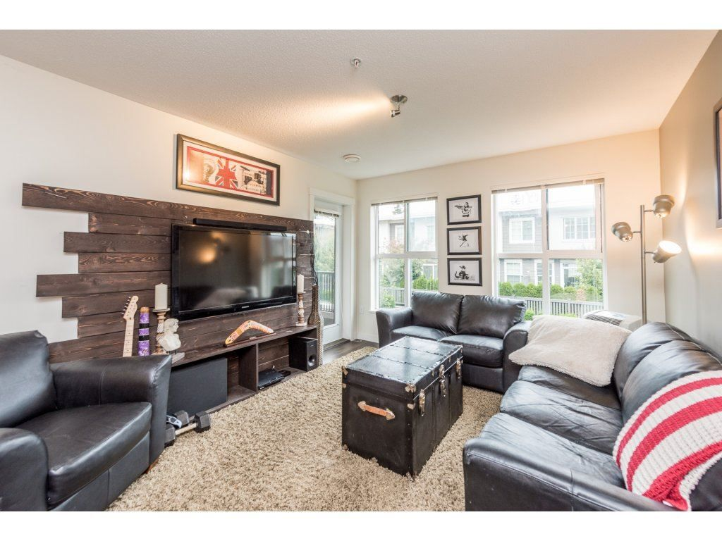 "Photo 9: Photos: 206 3323 151 Street in Surrey: Morgan Creek Condo for sale in ""Kingston House"" (South Surrey White Rock)  : MLS® # R2219100"