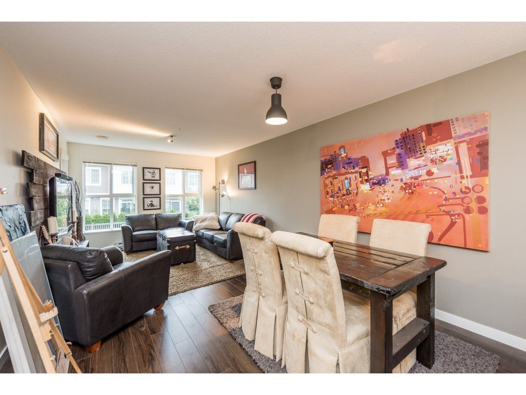 "Photo 8: Photos: 206 3323 151 Street in Surrey: Morgan Creek Condo for sale in ""Kingston House"" (South Surrey White Rock)  : MLS® # R2219100"