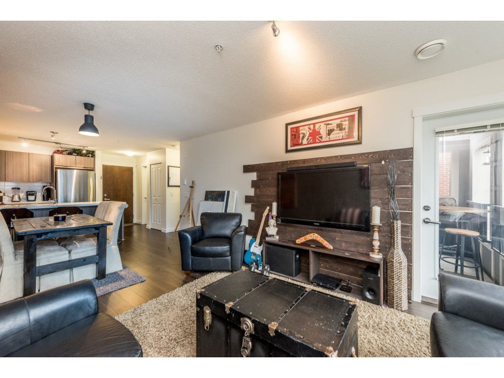 "Photo 11: Photos: 206 3323 151 Street in Surrey: Morgan Creek Condo for sale in ""Kingston House"" (South Surrey White Rock)  : MLS® # R2219100"