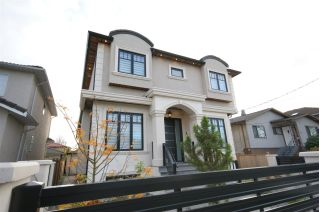 "Main Photo: 2136 E 34TH Avenue in Vancouver: Victoria VE House for sale in ""Victoria"" (Vancouver East)  : MLS® # R2219667"