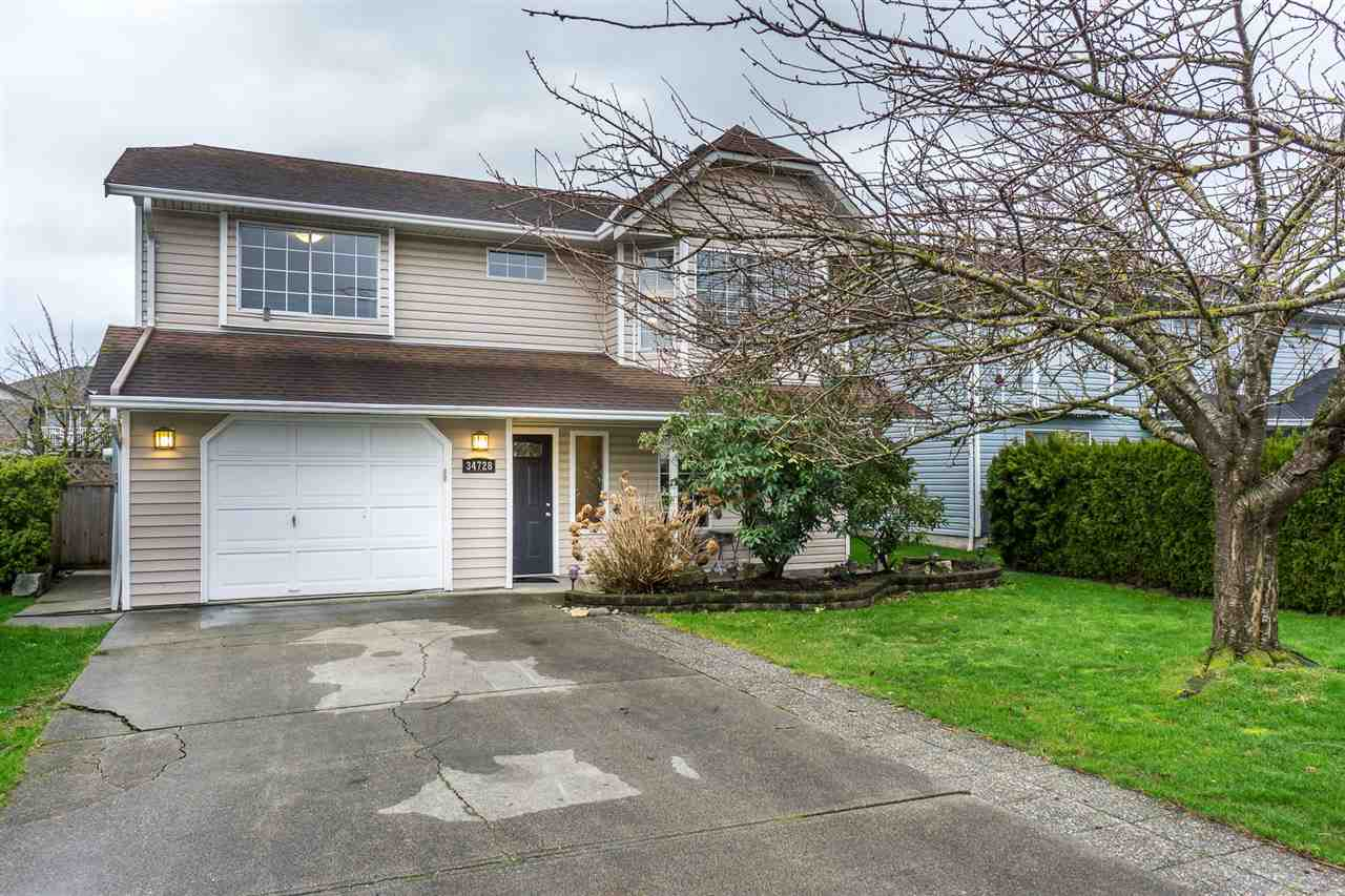 "Photo 2: Photos: 34728 5TH Avenue in Abbotsford: Poplar House for sale in ""HUNTINGDON VILLAGE"" : MLS® # R2237863"