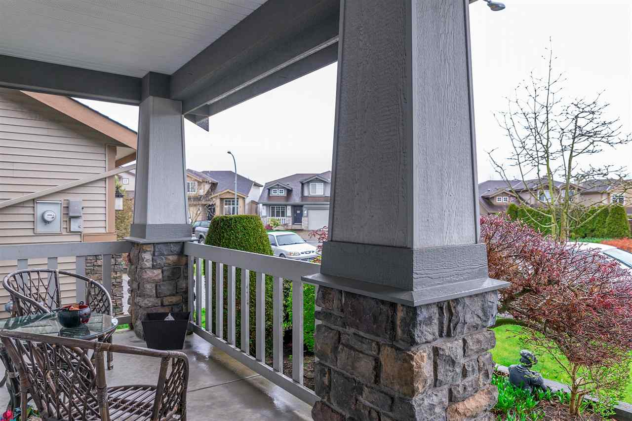 Main Photo: 20633 66 Avenue in Langley: Willoughby Heights House for sale : MLS®# R2269112