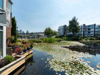 "Main Photo: 1594 ISLAND PARK Walk in Vancouver: False Creek Townhouse for sale in ""THE LAGOONS"" (Vancouver West)  : MLS®# R2297532"