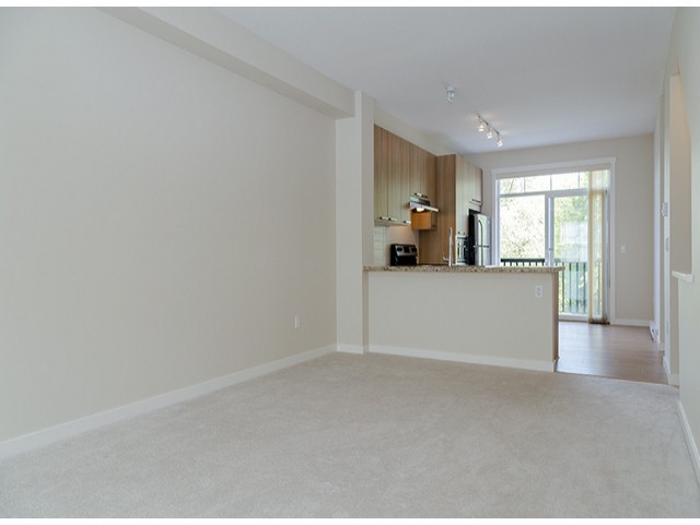 "Photo 5: 3 14838 61ST Avenue in Surrey: Sullivan Station Townhouse for sale in ""SEQUOIA"" : MLS(r) # F1415294"