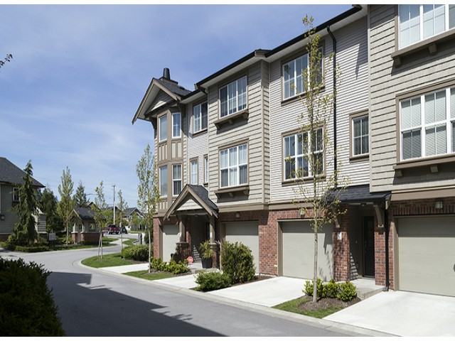 "Photo 2: 3 14838 61ST Avenue in Surrey: Sullivan Station Townhouse for sale in ""SEQUOIA"" : MLS(r) # F1415294"