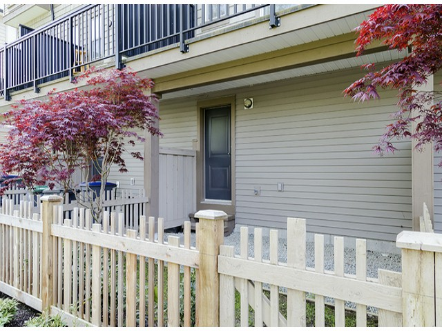 "Photo 14: 3 14838 61ST Avenue in Surrey: Sullivan Station Townhouse for sale in ""SEQUOIA"" : MLS(r) # F1415294"