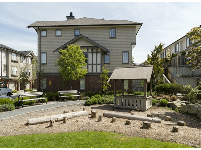 "Photo 15: 3 14838 61ST Avenue in Surrey: Sullivan Station Townhouse for sale in ""SEQUOIA"" : MLS(r) # F1415294"