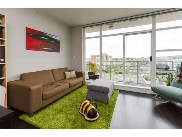 "Main Photo: 703 298 E 11TH Avenue in Vancouver: Mount Pleasant VE Condo for sale in ""THE SOPHIA"" (Vancouver East)  : MLS®# V1128967"