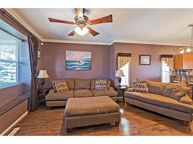Photo 5: 301 2006 LUXSTONE Boulevard SW: Airdrie House  : MLS® # C4034048