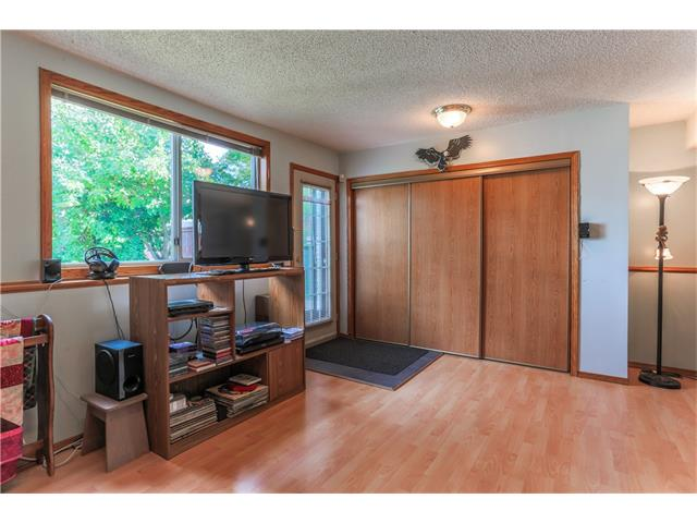 Photo 23: 3379 CATALINA Boulevard NE in Calgary: Monterey Park House for sale : MLS® # C4076887