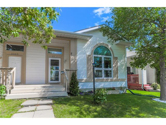 Photo 2: 3379 CATALINA Boulevard NE in Calgary: Monterey Park House for sale : MLS® # C4076887