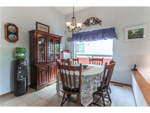 Photo 7: 3379 CATALINA Boulevard NE in Calgary: Monterey Park House for sale : MLS® # C4076887