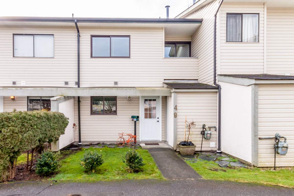 FEATURED LISTING: 49 - 5181 204 Street Langley