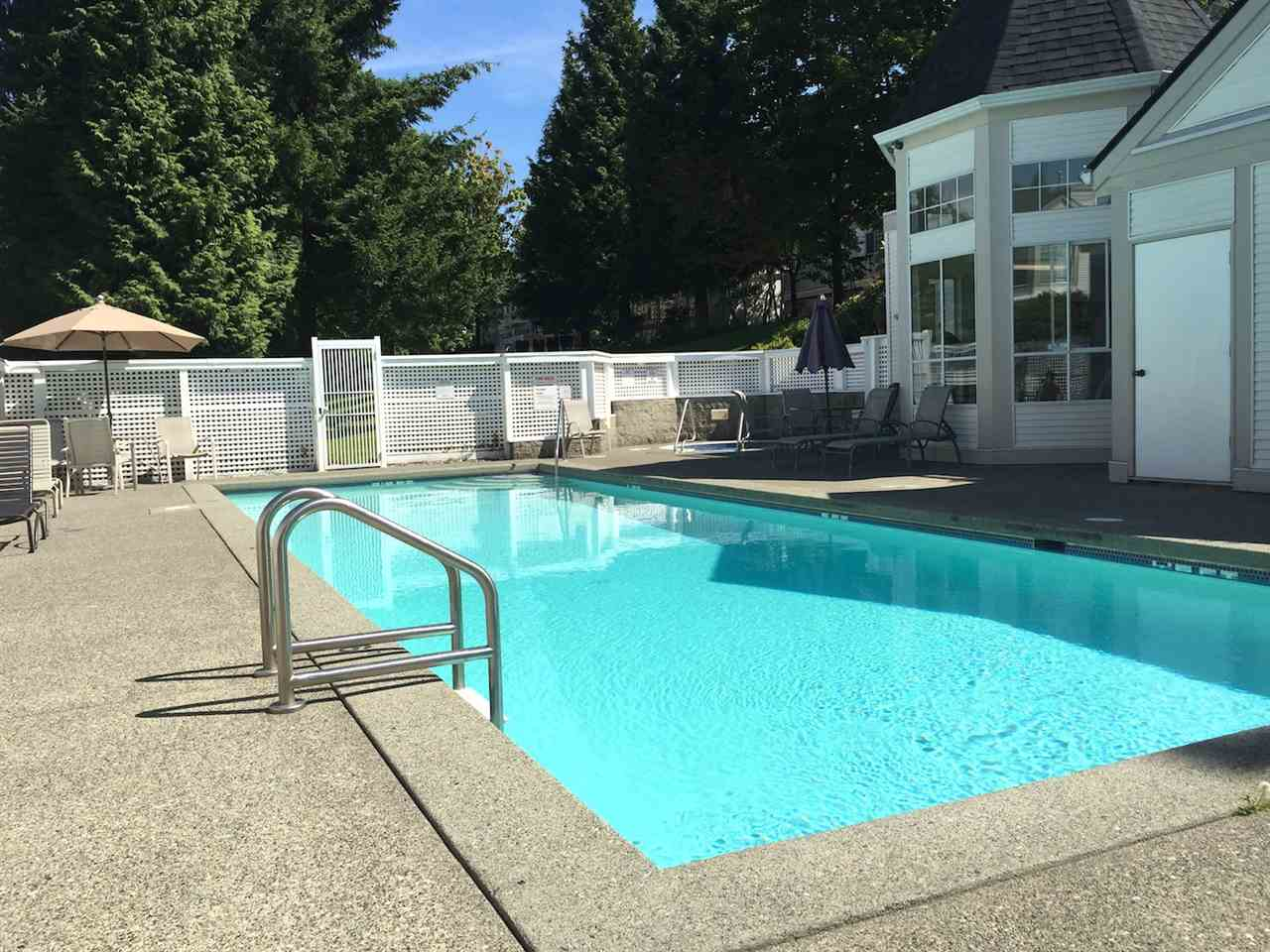 Outdoor pool with hot tub and fitness centre