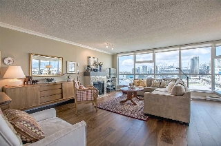 "Main Photo: 1206 125 MILROSS Avenue in Vancouver: Mount Pleasant VE Condo for sale in ""CREEKSIDE"" (Vancouver East)  : MLS(r) # R2159245"