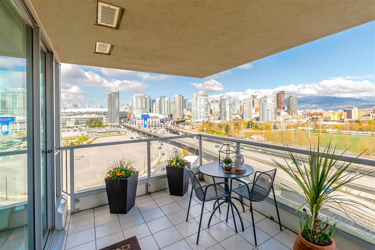 "Photo 8: 1206 125 MILROSS Avenue in Vancouver: Mount Pleasant VE Condo for sale in ""CREEKSIDE"" (Vancouver East)  : MLS® # R2159245"