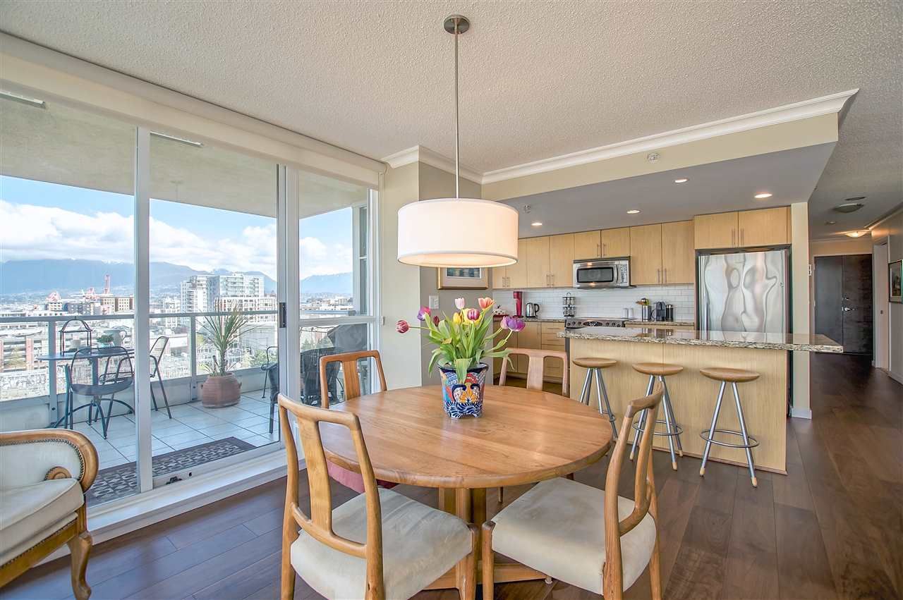 "Photo 3: 1206 125 MILROSS Avenue in Vancouver: Mount Pleasant VE Condo for sale in ""CREEKSIDE"" (Vancouver East)  : MLS® # R2159245"