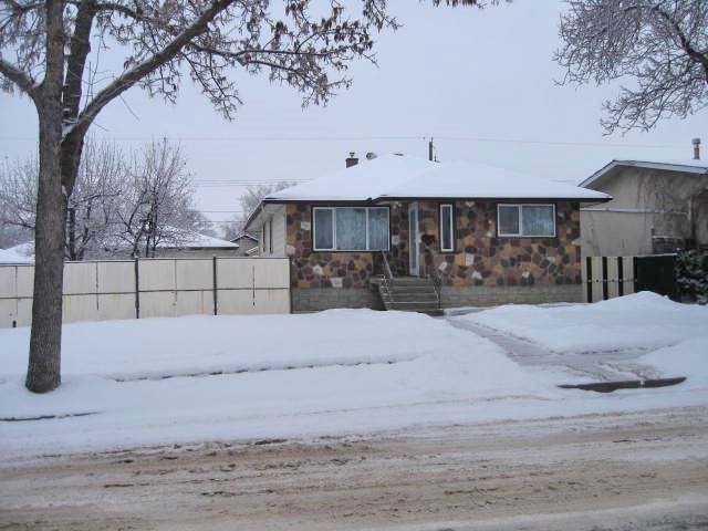 Main Photo:  in Edmonton: Zone 23 House for sale : MLS® # E4046870