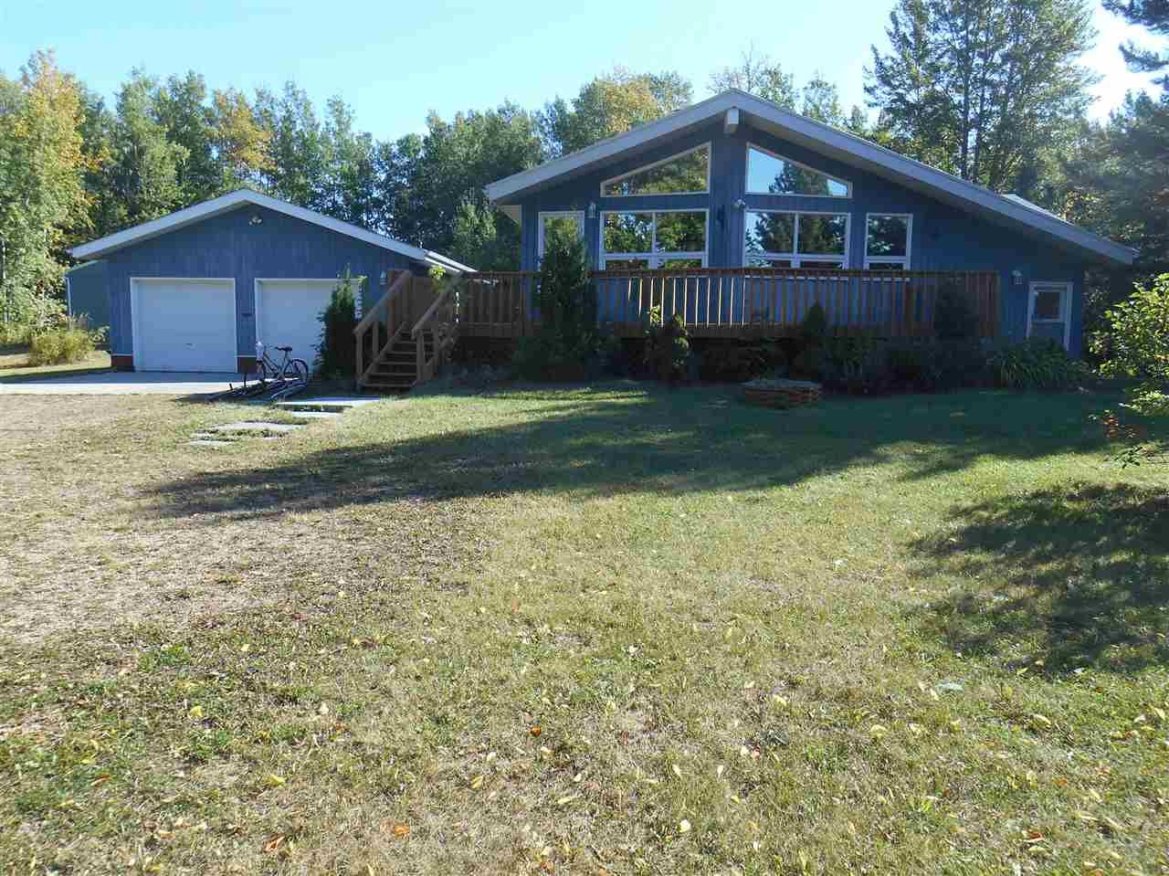 Main Photo: 5102 35 Street: Rural Wetaskiwin County House for sale : MLS® # E4082259