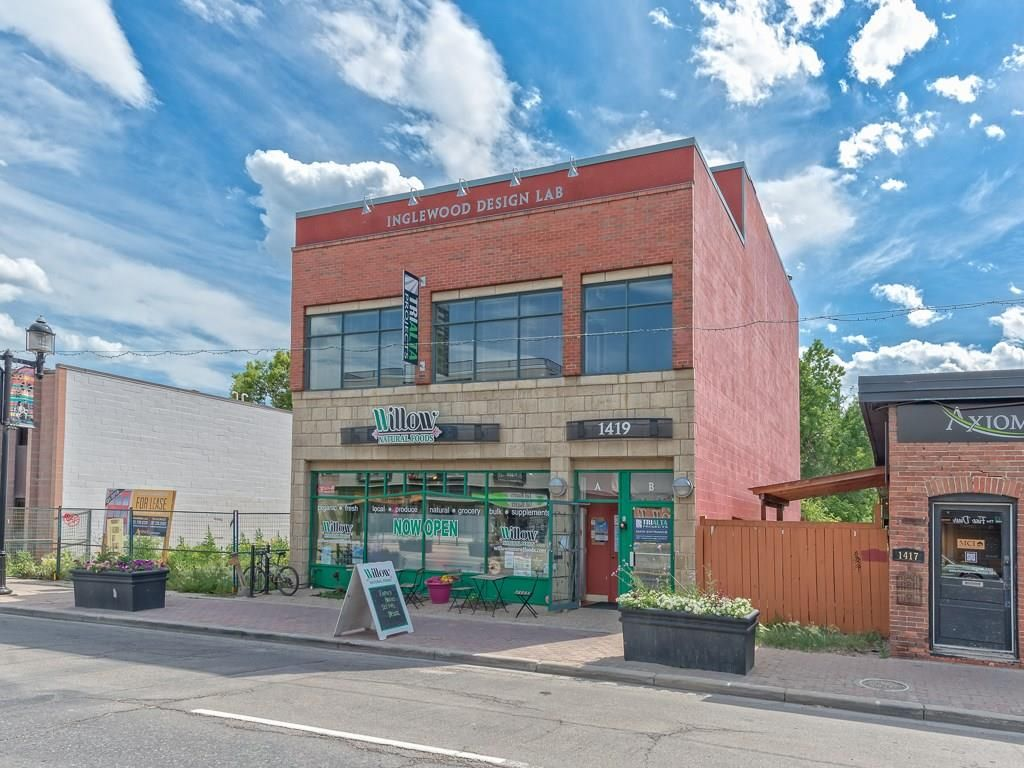Main Photo: 300 1419 9 Avenue SE in Calgary: Inglewood Office for sale : MLS®# C4172005