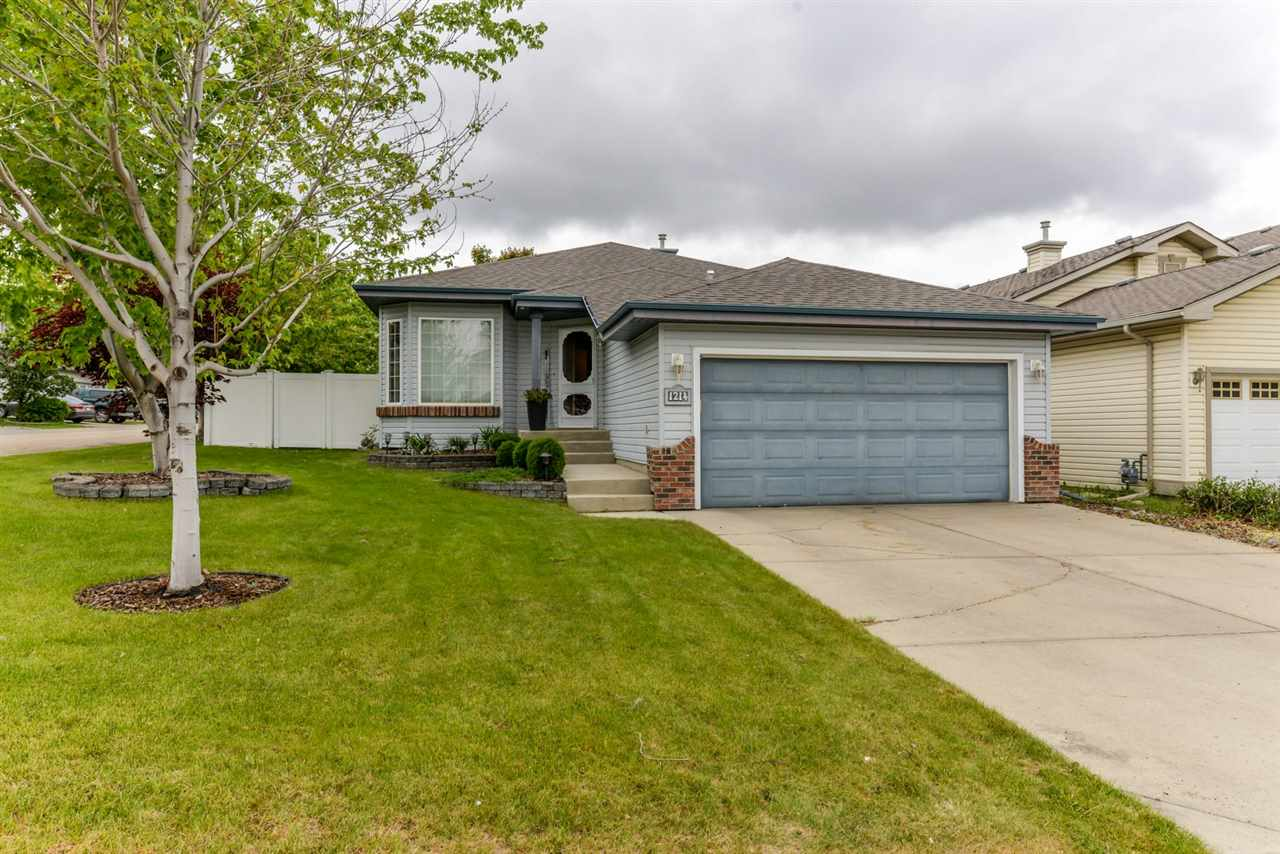 Main Photo: 1214 ORMSBY Lane in Edmonton: Zone 20 House for sale : MLS®# E4114127