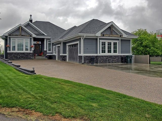 Main Photo: 23 Country Lane: Stony Plain House for sale : MLS®# E4114505